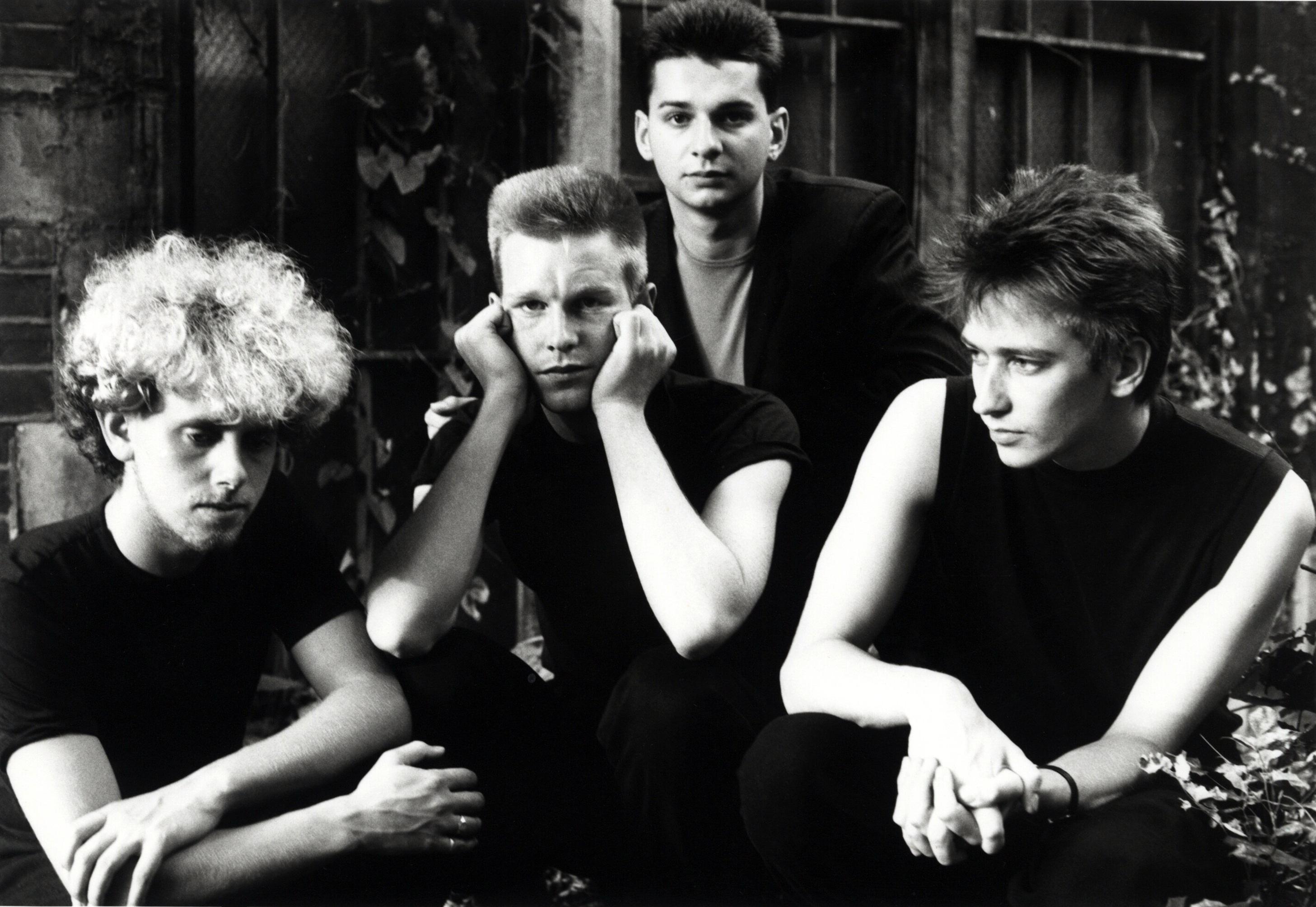 Depeche-Mode-Blackwing